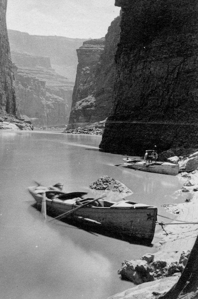 Boats in Marble Canyon